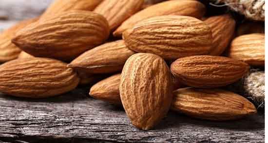 خواص بادام ، شیرین برای مو و پوست و لاغری و مردان و کودکان و بدنسازی خیس خورده